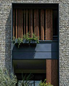 "2,740 Me gusta, 7 comentarios - Amazing Architecture (@amazing.architecture) en Instagram: ""144 House Apartment / Ali Sodagaran + Nazanin Kazerounian ©️Pharham Taghioff #iran #facade…"""