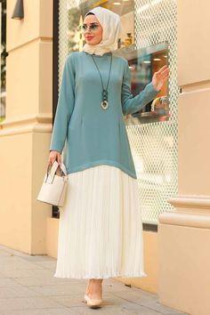 Tuay - Kolyeli Çağla Yeşili Tesettür Elbise 30790CY Islamic Fashion, Hijab Fashion, Prom Dresses, Tunic Tops, Muslim, Sewing, Abaya Style, Kebaya, Fashion Trends