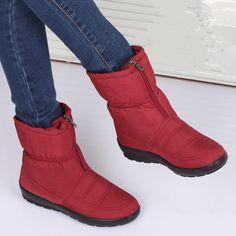 $29.98 (Buy here: https://alitems.com/g/1e8d114494ebda23ff8b16525dc3e8/?i=5&ulp=https%3A%2F%2Fwww.aliexpress.com%2Fitem%2F2015-Winter-snow-boots-women-s-medium-leg-boots-flat-slip-resistant-thermal-winter-shoes-maternity%2F32348568950.html ) snow boots winter  woman 2016 flat non-slip thermal plush women's platform boots waterproof mom brand  female winter snow boots for just $29.98