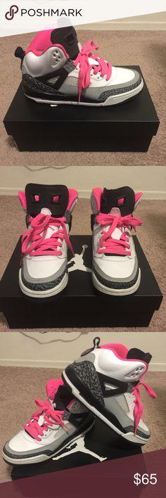 Youth Jordan Spizike GG Spizike Girls. A cool sneaker. Gently worn. Like new. White/Hyper Pink/Black/Cool Grey (Kids Size) equivalent to a women's size 8. Jordan Shoes Sneakers