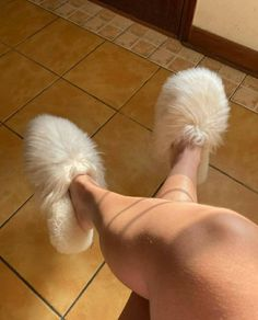Alpaca, Fur Slides, Slippers, Beige, Etsy, Fashion, Moda, Fashion Styles, Slipper