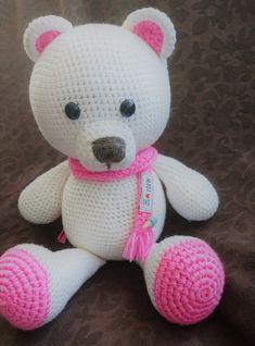 Goodnight Bear Teddy Bear in PJs Free Crochet Pattern Crochet Toys Patterns, Stuffed Toys Patterns, Knitting Patterns, Goodnight Bear, Giant Teddy Bear, Crochet Teddy, Crochet Instructions, Crochet Projects, Hello Kitty