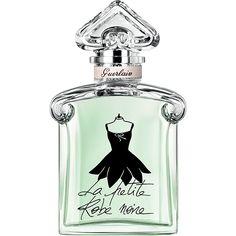 """私は、この上なく魅力的な香りをふりまく、究極のマストハブ アイテムよ。ゲランの手によって、シックで魅惑的なクリエイションとして生まれたの。    「ラ プティット ローブ ノワール」のワードローブでは、私は花びらのように可憐なペタルドレスをまとっているわ。    私が通り過ぎると、うきうきするような、フレッシュな香りが漂うの。弾けるようなマンダリンとローズペタルの香りに、ピスタチオがアクセントを添える、心躍るようなフレグランスよ。     私のボトルは、丸みを帯びたショルダーと""""逆さハート""""のストッパーが特徴的だから、誰が見てもすぐにわかるはず。この伝説のボトルに、新しいドレスが飾られているの。ブラックのインクで描かれた美しいネックラインのペタルドレスが、クリアなミントグリーンのボトルに映えているわ。"""