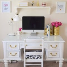 Desk chair ikea, white desk decor, white desk bedroom, classy bedroom d Home Office Space, Home Office Design, Home Office Decor, Home Decor, Office Ideas, Desk Office, Desk Ideas, Office Shelving, Office Furniture