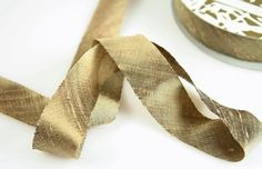 mica (bronze) ribbon