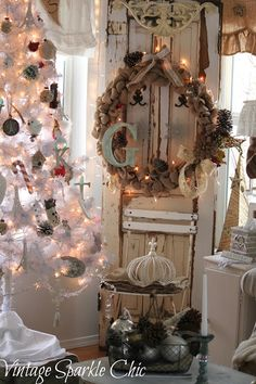 Vintage Sparkle Chic: Shabby French Christmas