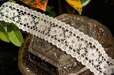 "1½"" Fancy Galloon Floral Lace Trim - Natural White | Lace Trim"