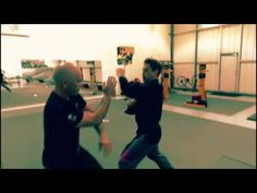 Interviews Robert Downey Jr trained in Wing Chun by Sifu Eric Oram - YouTube