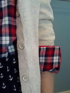 Sweet and Preppy: pattern mixing with plaid