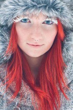 Amateur beautiful blue eyed blonde teen on cam