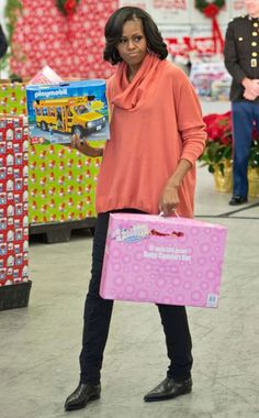 Michelle Obama supporting Toys for Tots & looking sooooo happy about it!