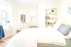 White decor bedroom