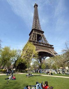 Detienen tres mujeres en Francia por presuntas actividades...