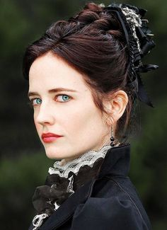 Everything you need to know about Vanessa Ives, played by Eva Green, from Penny Dreadful. New Season Premiere: Sun, May 1 at 10 PM ET/PT. Eva Green Penny Dreadful, Penny Dreadful Tv Series, Vanessa Ives, Actress Eva Green, Most Beautiful, Beautiful Women, Actrices Hollywood, French Actress, Mannequins