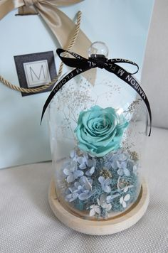 We are online florist based in Hong Kong. We offer both customized and standardized luxury flower arrangement, delivery, event decoration, gifts, etc. Dried Flower Arrangements, Dried Flowers, Forever Rose, Enchanted Rose, Luxury Flowers, The Bell Jar, Deco Floral, How To Preserve Flowers, Blue Roses