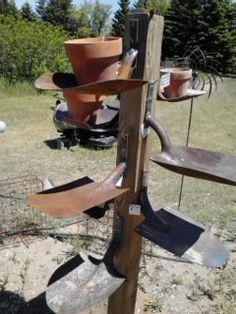 Old garden shovel ends Now shovel shelf