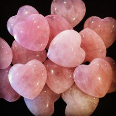 & Rose Quartz & The classic love stone. Stimulates love of all kinds, not just romantic love. It activates the heart chakra. A stone of unconditional love, gentleness, and emotional healing. Heart In Nature, Heart Art, I Love Heart, Happy Heart, Crystals And Gemstones, Stones And Crystals, Healing Crystals, Chakra Healing, Love Stoned