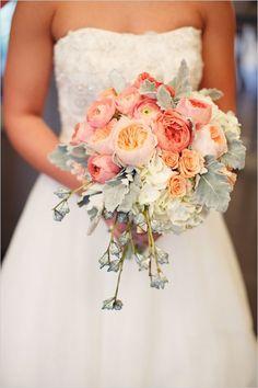grey and peach wedding bouquet,wedding bouquets