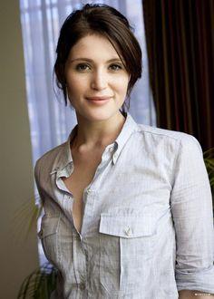 Gemma Arterton ...... In 2008, she played the role of Elizabeth Bennet in the ITV serial, Lost in Austen.