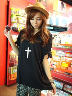 Black Loose Fit Korean Spring Fashionable T-Shirt with Lovely Bows 1