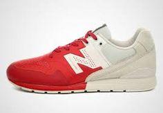 """Résultat de recherche d'images pour """"chaussure rouge sport original femme"""""""