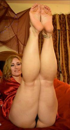 big-sexy-plump-toes
