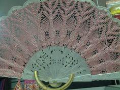 Abanico seda de ganchillo