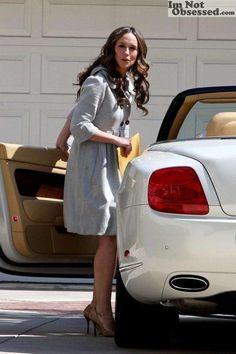 """""""Party of Five"""" actress Jennifer Love Hewitt owns a Bentley Continental GTC. List Of Famous People, Celebrity List, Jennifer Love Hewitt, Celebs, Celebrities, White Dress, Actresses, Popular, Coat"""