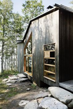 The center of the island, Tor's home. Turkey Art, Wood Facade, Cabins In The Woods, Home Reno, Architecture Details, Scandinavian Design, Exterior, Outdoor Structures, House Design