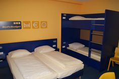 Beispiel: 4-Bett Zimmer mit Bad im Bed'nBudget Hostel Hannover  Hildesheimer Straße 380  30519 Hannover  Tel.: 0511 / 12 611 504    Fax: 0511 / 12 611 511    E-Mail: reservation@bednbudget.de  www.bednbudget.de