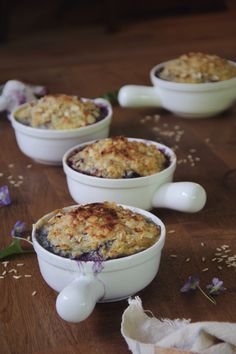 Blueberry-Coconut Brown Rice Breakfast Pudding with Almond Crisp | Recipe on TheOtium.com | #vegan #vegetarian #cleaneating #healthy #superfoods