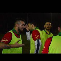 Come un condottiero spartano ⚔️ #italia #napoli #instafashion #like #like4like #likeforlike #follow #followme #fashion #style #cool #supercool #superstyle #instalike #calcio #football #capitano #condottiero #spartacus #spartano