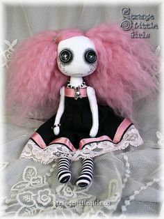☾☾ Crafty ☾☾ Autumn ☾☾ Gothic art doll with button eyes (small) - Misty Lace