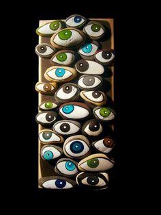 Eyes Bufalini/pebble art