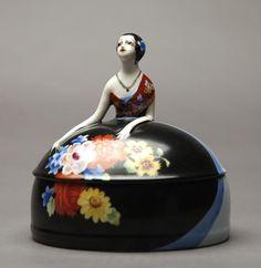 Dresser Jar