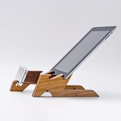 Dual Dock Station / iPad Stand / iPhone Stand ALTAIR #dual-dock-station #Gifts-under-$100 #ipad-stand