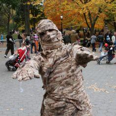 ★ Homemade Mummy Costume Ideas | Halloween Fancy Dress For Men, Women & Kids â˜