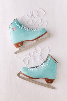 Moxi Suede Ice Skates   Urban Outfitters