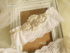 IVORY WEDDING GARTER 'VALENCIA' STRETCH LACE PEARL CRYSTAL VINTAGE BRIDAL GIFT