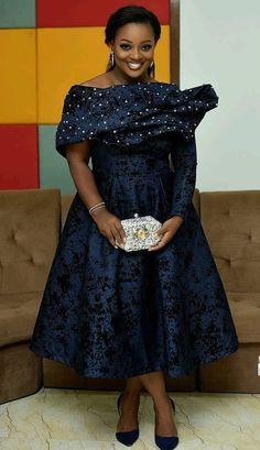 Latest aso ebi lace styles check out 2019 aso ebi lace sty… Diyanu - Aso Ebi Styles Latest African Fashion Dresses, African Dresses For Women, African Print Fashion, African Attire, Lace Gown Styles, Aso Ebi Lace Styles, African Lace Styles, Nigerian Lace Styles, African Traditional Dresses