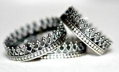 SALE Antique crown ring. sterling silver ring. door Eklektisch, $27.00