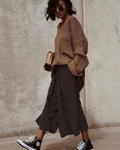 Lässige outfits в 2019 г. Fashion Moda, Look Fashion, Korean Fashion, Autumn Fashion, Fashion Beauty, Womens Fashion, Outfits With Converse, Casual Outfits, Black Converse