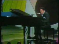 ■ Marvin Gaye ■ I Heard It Through The Grapevine ■ 1968 Tammi Terrell, Wedding Playlist, Soul Singers, Marvin Gaye, The Rev, Motown, Three Kids, My Favorite Music, Classical Music