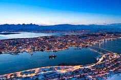 Das schwimmende Krystall-Hotel, das wie eine Schneeflocke geformt ist, wird ein weiterer guter Grund sein, nach Tromsø zu fahren. © V. Belov / Shutterstock