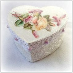 Valentine's Day keepsake boxwedding boxjewelry by CarmenHandCrafts, €15.00