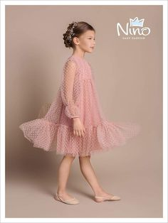 Stylish dress for a little lady / Armas-Olga / / Photoforum on BurdaStyle.ru - Stylish dress for a little lady / Armas-Olga / / Photoforum BurdaStyle Dresses Kids Girl, Little Girl Dresses, Girl Outfits, Flower Girl Dresses, Fashion Kids, Little Girl Fashion, Baby Dress, The Dress, Dress Anak