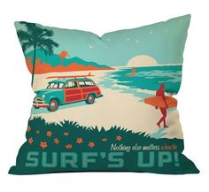 Perfect Day for Waves Pillow Cover ==