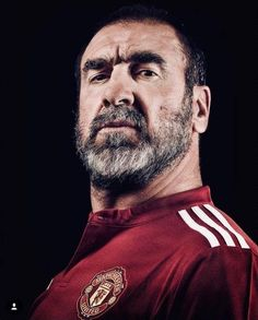 I am Cantona. Best Football Team, Football Soccer, Football Players, Manchester United Images, Manchester United Players, Eric Cantona, French Man, Premier League Champions, Salford
