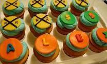 fondant rXr railroad crossing cupcakes