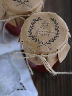 packaging idea, kraft paper jar lids with company Jam Packaging, Pretty Packaging, Design Packaging, Coffee Packaging, Bottle Packaging, Packaging Ideas, Label Design, Jam Label, Butcher Paper